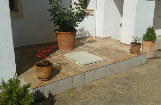 Natural Stone treatment with Hydrofugant water repellent.