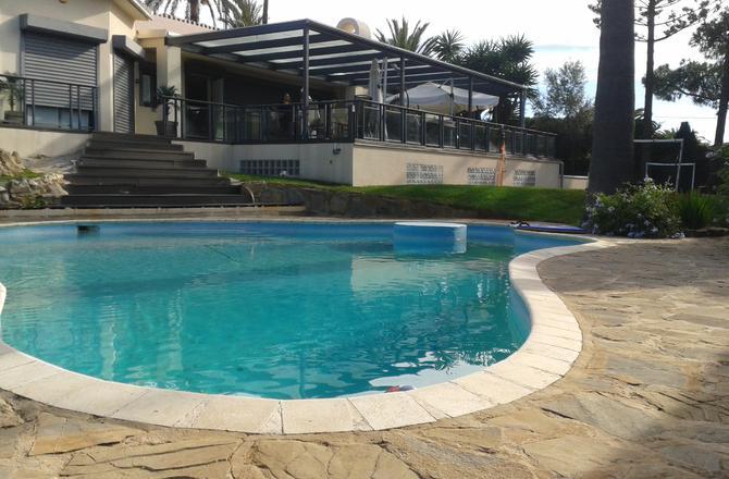 Marbella Calahonda, installation of pool heat pumps for constant water temperature